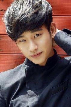 KIM SOO HYUN <3 This is probably his best picture till date.. Love him!