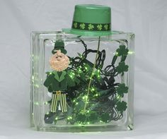St. Patricks Day  Glass Block - Crafting Projects