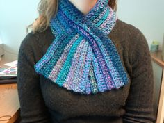 Super easy, Super quick, and less than 200 yards - free crochet pattern for Keyhole Scarf