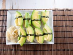 Vegan Avocado Sushi - a healthy classic of the Japanese cuisine! Sushi is just great. I'm still having trouble with making maki, but normal sushi nigiri is really easy to make. My favorite topping is Avocado Sushi Recipe, Vegan Avocado Recipes, Sushi Recipes, Appetizer Recipes, Diet Recipes, Vegetarian Recipes, Appetizers, Vegan Meals