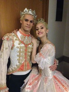 Marianela and Thiago backstage at the royal opera house in their nutcracker costumes as the sugarplum fairy and the prince. Nutcracker Costumes, Tutu Costumes, Ballet Costumes, Ballerina Tutu, Ballet Tutu, Ballet Dancers, Military Inspired Fashion, Ballet Dance Photography, Ballet Russe