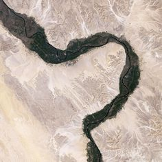 NASA aerial photo of the Nile River through Egypt.  would be amazing on a canvas - http://canvaspress.com