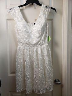 NEW BCBG MAX AZRIA Two-Tone Pleated Maxi Dress OFF WHITE Sz 0-6