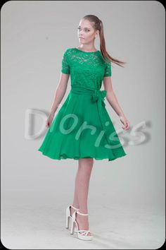 Very cute green cocktail dress. Dress is made of chiffon and lace. Perfect dress for bridesmaids, prom, dinner party, wedding anniversary etc. Standard