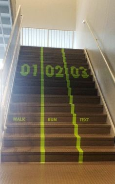 Utah Valley University creates texting lane for busy staircase Environmental Graphic Design, Environmental Graphics, Street Marketing, Guerilla Marketing, Wayfinding Signage, Signage Design, Design Stand, Deco Design, Design Design