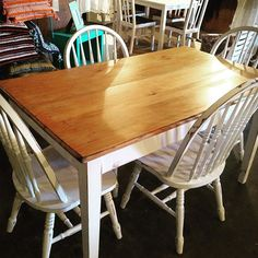 Farmhouse table with 4 chairs open tonight till 10 pm #shabbychicfurniture #reinventedtreasures #miamimarketta #tables#tableandchairs #furniture