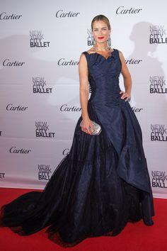 Carolyn Murphy in Oscar de la Renta