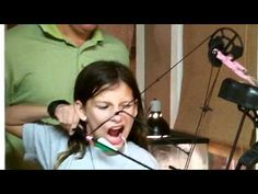 Alternative tooth pulling technique... You Need Video Promoting Your Business, Product, Service Or Whatever You Want. Click Here --> http://www.gvcreator.com/
