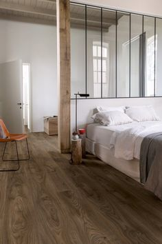 Quick-step Natural Luxury vinyl flooring tile - B&Q for all your home and garden supplies and advice on all the latest DIY trends Floor Design, House Design, Interior Architecture, Interior Design, Luxury Vinyl Flooring, Wood Flooring, Bedroom Flooring, Home Decor Bedroom, Home And Living