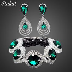 Women's Austrian Color Crystal Rhinestone Vintage Jewelry Set     Tag a friend who would love this!     FREE Shipping Worldwide | Brunei's largest e-commerce site.    Get it here ---> https://mybruneistore.com/fashion-wedding-bridal-jewelry-sets-rhinestone-austrian-crystal-jewelry-set-bracelet-earrings-pendant-set-vintage-accessories/