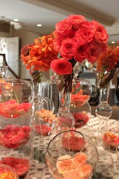 Centerpieces on pinterest beach wedding centerpieces for Table coral sample