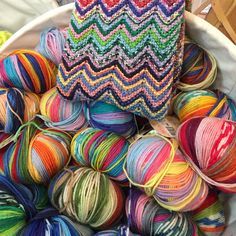 Knitting Patterns combine Super fun colors of Adriafil for combinations! Couture, Knitting Patterns, Wool, Yarns, Colors, Michigan, Cotton, Crochet, Photos