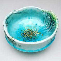 Newest Photographs pottery bowls creative Strategies You searched for: HeesooCeramics! Discover the unique items that HeesooCeramics creates. At Etsy, w Ceramic Pots, Ceramic Pottery, Pottery Art, Clay Bowl, Pottery Designs, Pottery Ideas, Porcelain Clay, Pottery Painting, Pottery Bowls