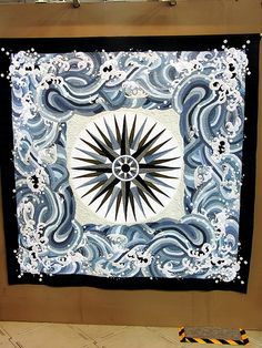 Wow, mariner's compass amidst the waves. Tokyo Quilt Show by Robots-Dreams, via… Blue Quilts, Star Quilts, Quilt Blocks, Quilting Tips, Quilting Designs, International Quilt Festival, New York Beauty, Mariners Compass, Medallion Quilt