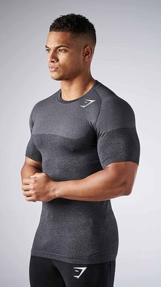 The Phantom Seamless T-shirt. Part of our Phantom Seamless range which is the result of three generations of improvement of our Seamless technology. We've improved fit, form and function.