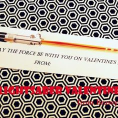 Cute! Star Wars Valentine {DIY Valentine Card} #printable #valentine