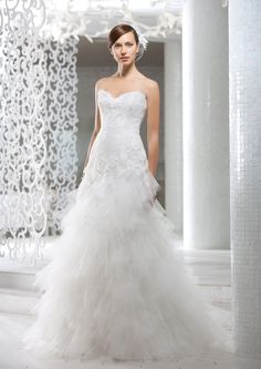 """""""Albion"""" - tulle, lightness and french lace. A perfect #princess #wedding #dress!"""
