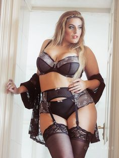 lilly single bbw women Plus-size porn model and actress kelly shibari will appear in photos in the january 2016 issue she previously appeared on the cover of penthouse forum in.