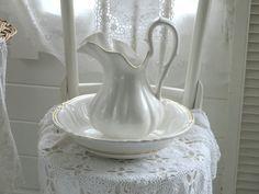 ~◇~  Antikes Waschgeschirr, Weiß    ~◇~ von Weidenröschen auf DaWanda.com