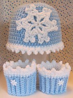 Girls Snowflake Hat & Boot Cuffs, Frozen Inspired, Child Size #Handmade #Beanie