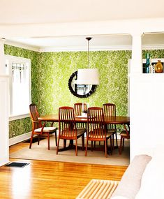 wow - plus the blond hardwood floors look nice here - I usually hate them and wish for dark or painted floors