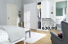PAX Kleiderschrank Im Schlafzimmer Mit KOMPLEMENT Inneneinrichtung. Von IKEA