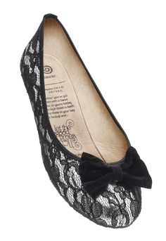 Add a touch of English elegance with London Lace.