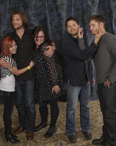 60 best supernatural photo op poses images on pinterest what is happening oo also lol at jareds face hes like fine m4hsunfo