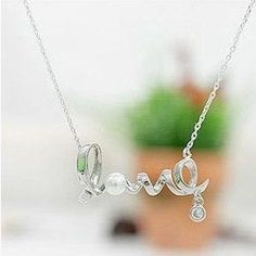 Cheap Korean fashion jewelry gently around a heart of love chic LOVE word necklace wholesale