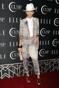 Pin for Later: She May Only Be but Zendaya Is Already a Style Icon From the oversize fit, to the plaid print, to the fedora, Zendaya's menswear-inspired look was an inspired choice. Zendaya Outfits, Zendaya Style, Casual Outfits, Neiman Marcus, Simplicity Fashion, Zendaya Coleman, Couture Fashion, Women's Fashion, Suits For Women