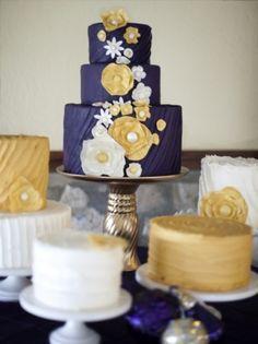 Navy & white & gold cake