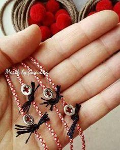 Clay Jewelry, Jewelry Necklaces, Jewellery, Textile Jewelry, Homemade Jewelry, Macrame Bracelets, Jewelry Patterns, Bracelets For Men, Friendship Bracelets