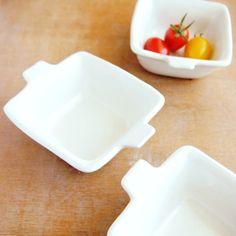 小さな手のついた白いデリカップ*正方 【よしざわ窯】【おうちカフェ食器 お家ごはん】