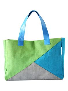 Showcase your class, style, a sense of eco-consciousness even while you are in office. This Jute handbag on your desk will surely start some interesting conversations. Match this with western formals to complete your look.  http://www.earthenme.com/New-Arrivals/Jute-3-Colour-Office-Handbag-id-2000892.html