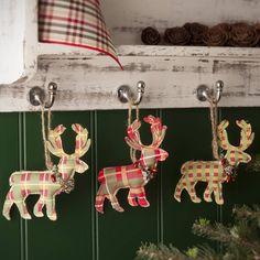 tartan reindeer decorations set of three by the contemporary home… Tartan Christmas, Woodland Christmas, Christmas Sewing, Christmas Makes, Primitive Christmas, Country Christmas, Handmade Christmas, Vintage Christmas, Christmas Holidays