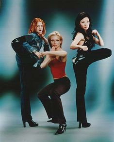 Charlie's Angels: Dylan (Drew Barrymore), Natalie (Cameron Diaz) and Alex (Lucy Liu)