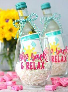 Cool Gifts to Make For Mom - Sip back And Relax Wine Glasses - DIY Gift Ideas and Christmas Presents for Your Mother, Mother-In-Law, Grandma, Stepmom - Creative , Holiday Crafts and Cheap DIY Gifts for The Holidays - Thoughtful Homemade Spa Day Gifts Diy Gifts Cheap, Diy Gifts For Mom, Homemade Gifts, Cheap Mothers Day Gifts, Cool Gifts, Teacher Appreciation Gifts, Teacher Gifts, Teacher Gift Baskets, Vinyle Cricut