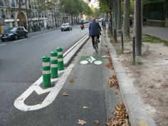 CYCLE TRACK without parking, Paris, with the spiffy french bicycle symbol. Tool Box, Engineering, Track, Bicycle, Symbols, French, Paris, Street, Arquitetura