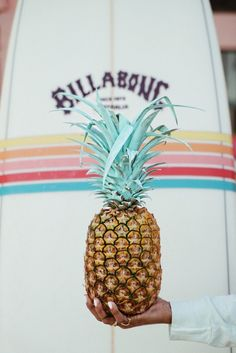 Billabong is a lifestyle & Technical apparel brand committed to the leading edge of Surf culture & Beach Fashion. Billabong, Images Esthétiques, Sincerely Jules, Hawaii Life, Beach Aesthetic, Hawaii Vacation, Hawaii Travel, Surf Outfit, Photo Wall Collage