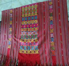 Hand made woven fabric