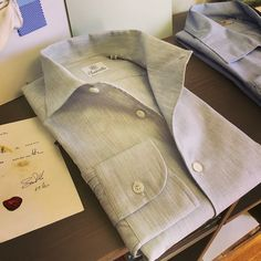 "Classic "" Tela Spazzina "" #onepiececollar is called AMALFI  #latestcollection  Available on  http://www.santillo1970.com/prodotto/amalfi-grey-chambray-cotton-shirt/  #newcollection #ss17 #chambray #grey #luxuryshirt #madeinitaly"