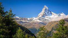 The Matterhorn - morning on the Europaweg - Zermatt Switzerland [OC][4288x2412]