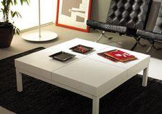 Mueble auxiliar o mesa central en blanco Table, Furniture, Home Decor, Center Table, Mesas, White People, Home, Decoration Home, Room Decor