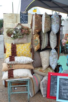 pretty pillows Amy's craft show pinned!!!