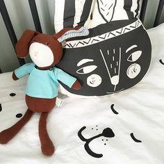New rabbit friends  #lucas #rabbit #hazelvillage #softtoy #wild #amayadeeme #cushion #pillow #littlelovedones #bedding #tellkiddo #happy #bearface #blackandwhite #monochrome #organic #baby #kidsroomdecor #nursery #barnum #knuffels