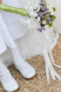 when your chapel wont let your flower girls drop petals, give them a flower girl wand! Flower Girl Wand, Flower Girls, Wedding Blog, Wedding Ideas, Fairy Wands, October Wedding, Real Women, Florals, Brides
