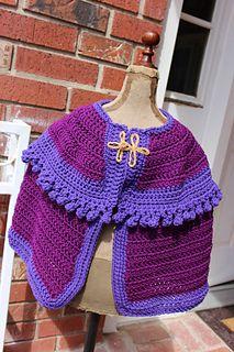 Ravelry: Anna Cape Frozen Costume pattern by Lace N Whimsy Free pattern Crochet Cape Pattern, Crochet Girls Dress Pattern, Crochet Shirt, Crochet Poncho, Crochet Patterns Amigurumi, Crochet Vests, Crochet Edgings, Crochet Motif, Free Pattern