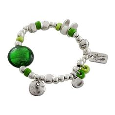d8e1d2a67f6f Pulseras y brazaletes artesanales con materiales naturales y diseños  originales a precios asequibles. ¡Visítanos seguro que tenemos una pulsera  para ti!