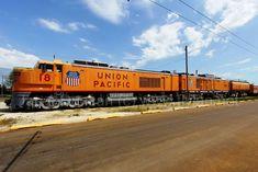 union pacific railroad x-18   Union Pacific Gas Turbine Electric Locomotive X-18 at the Illinois ...