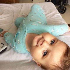 Perfect personnal room decor for you baby. So Cute Baby, Cute Baby Pictures, Baby Kind, Cute Kids, Baby Baby, Cute Babies Photography, Baby Smiles, Foto Baby, Baby Models